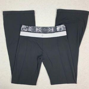 Lululemon yoga pants women's size 4 black